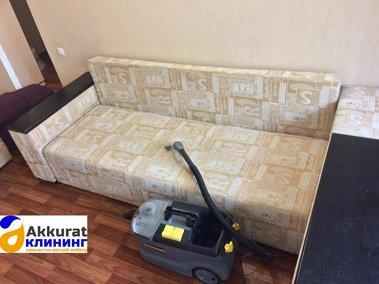 Чистка мебели диванов